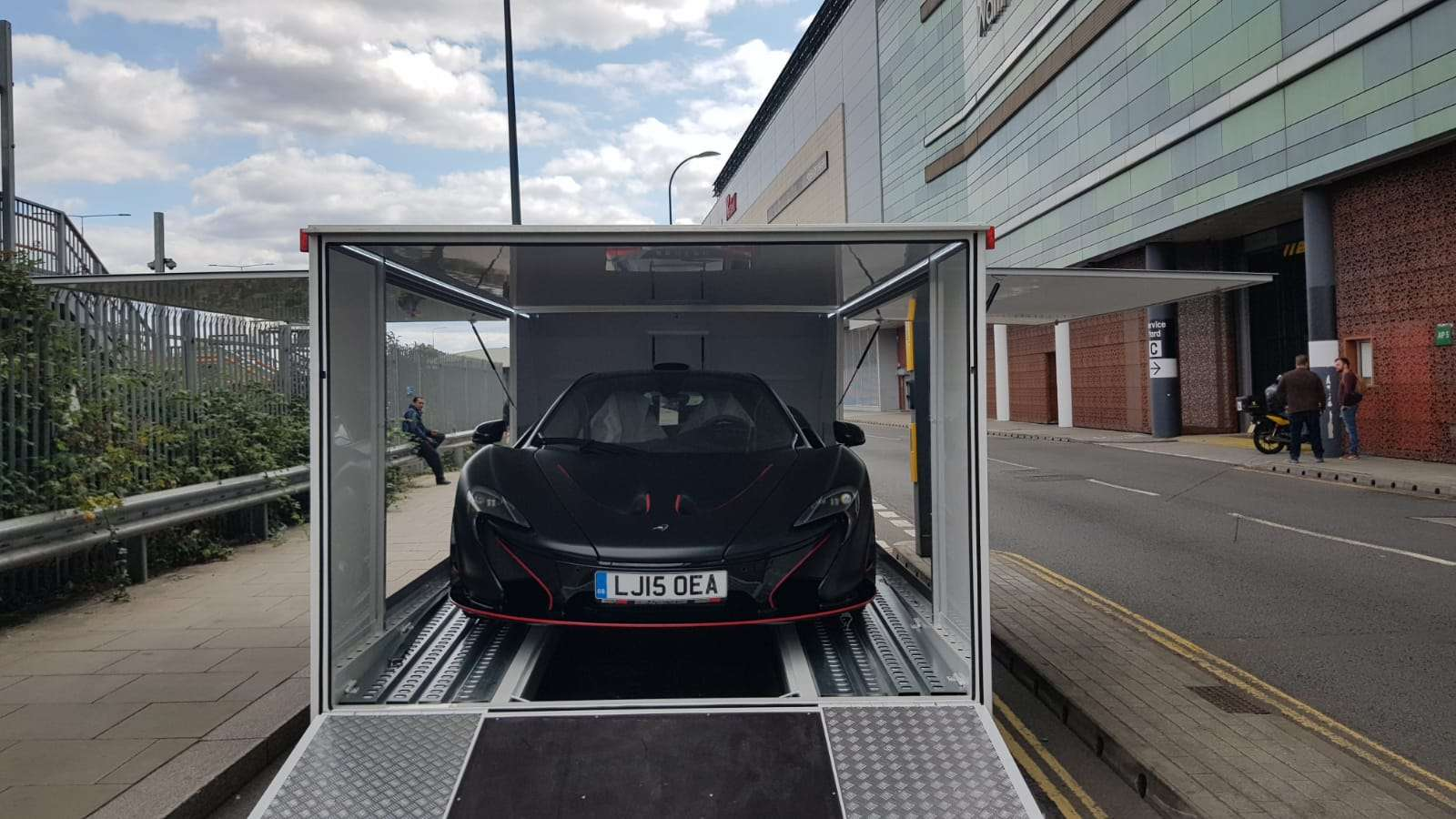 Bsm Car Transport Covered Enclosed London Uk Europe Luxury 17 3